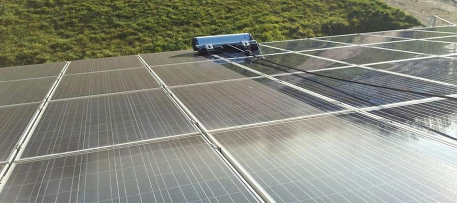 Reinigung Photovoltaikanlage - WERTHMANN® Franchise