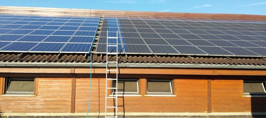 Vergleich vorher, nachher - Reinigung Photovoltaikanlage - WERTHMANN® Franchise